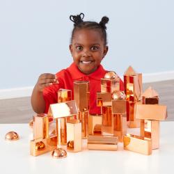 Collection de formes rose doré en3D
