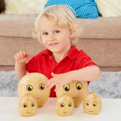 La famille des galets en bois