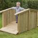 Pont d'extérieur en bois pour les tout-petits
