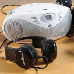 Lecteur CD Easi Listener avec 6 casques Easi-Headphones