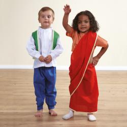Vêtements de costumes multiculturels